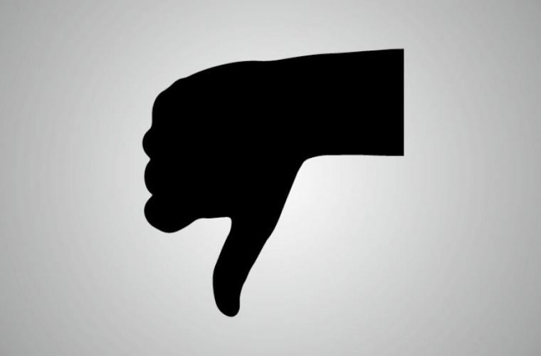 Image of a thumbs down.